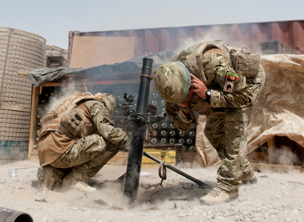 British-Army-81mm-Mortar