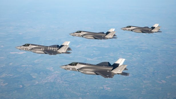facts-and-figures-about-the-f-35-fighter-jets-136428994508702601-180818090031